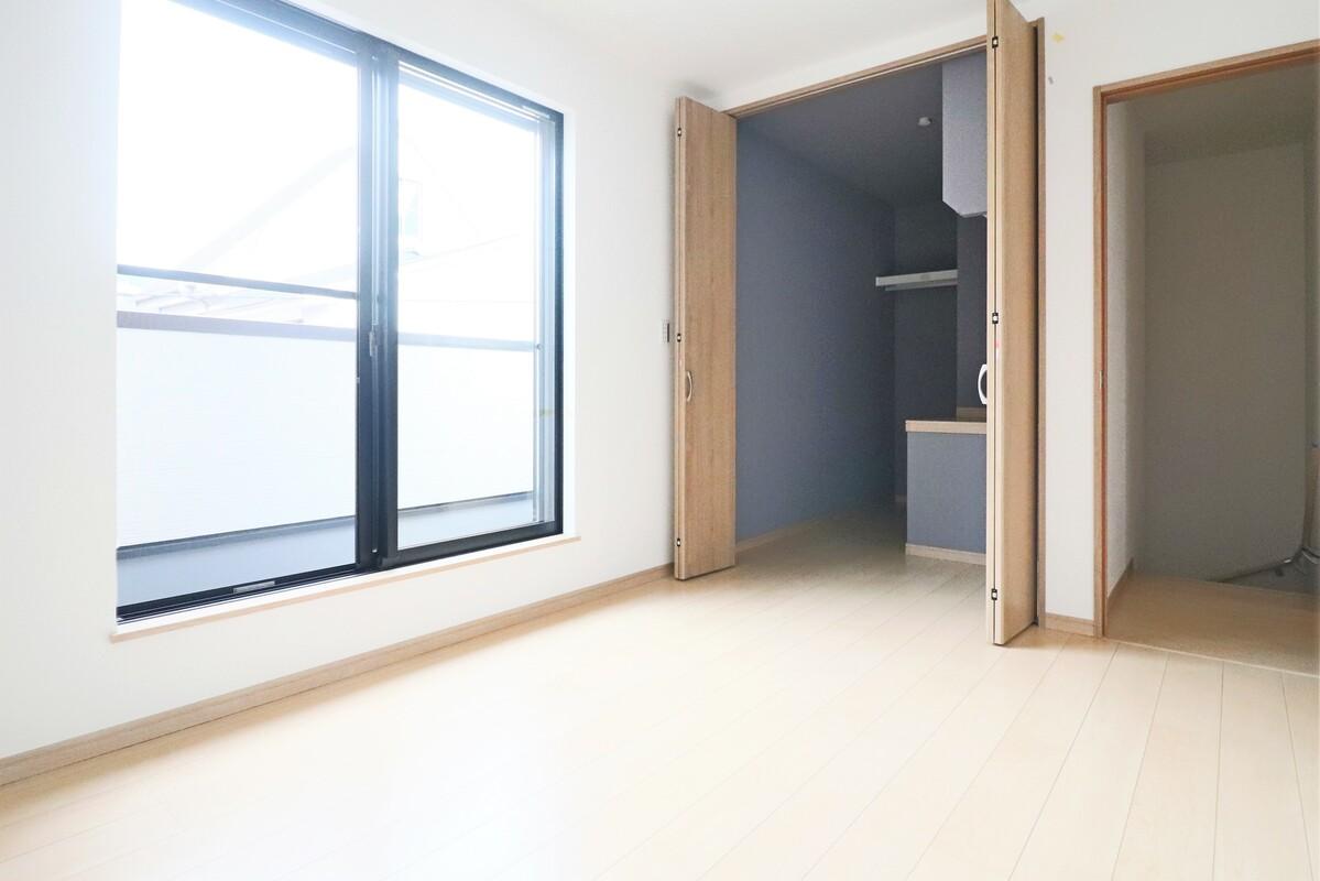 2階5.8帖洋室