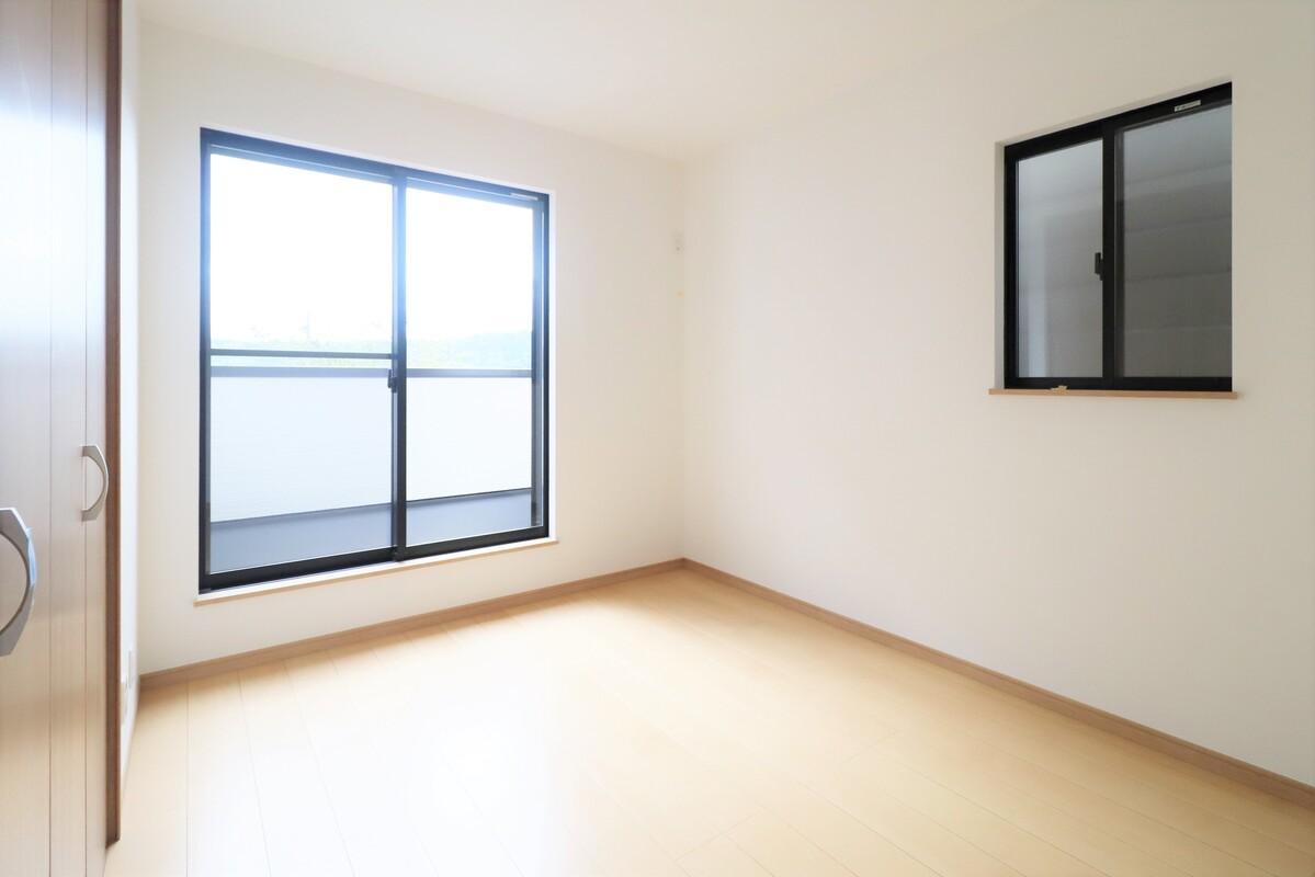 2階6.3帖洋室