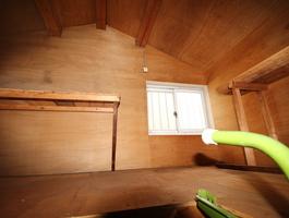 洋室約7.5帖 天井収納