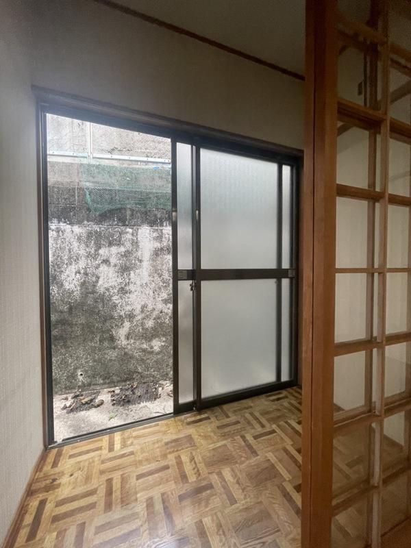 1階収納前スペース