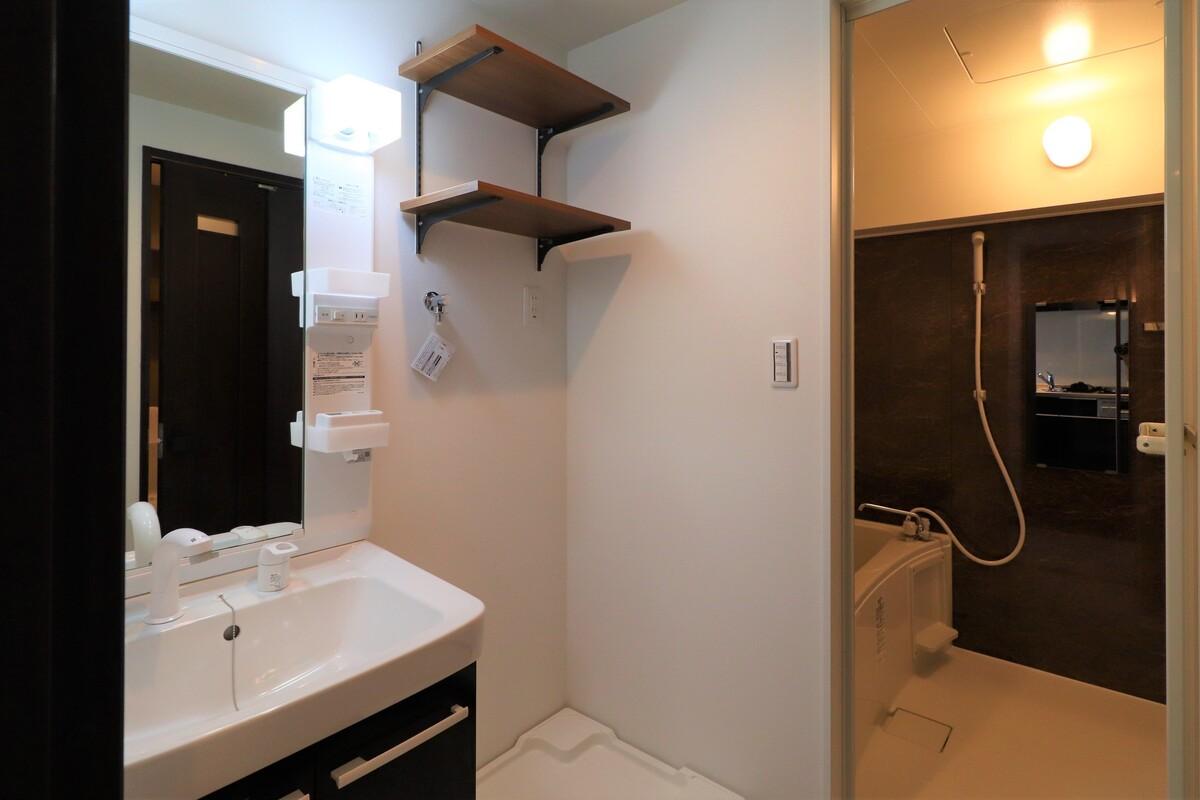 洗面脱衣場、浴室